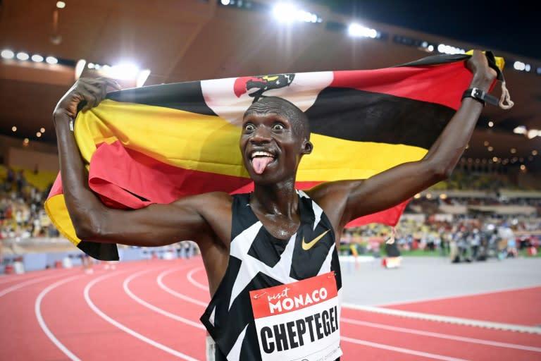Joshua Cheptegei smashes 10,000m track world record