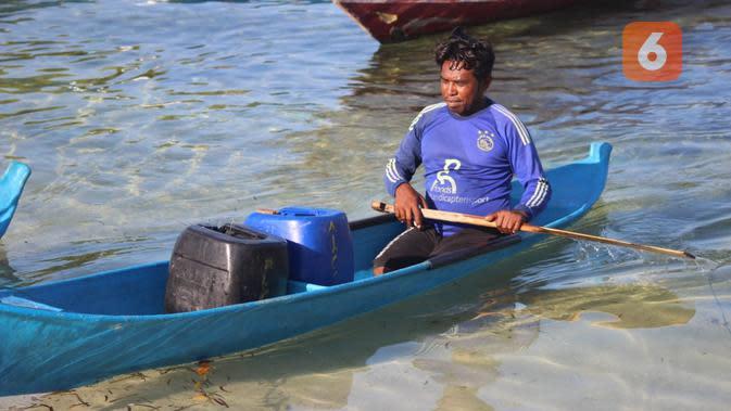 Derita Warga Pangabatang Sikka NTT, Arungi Lautan Demi Air Bersih