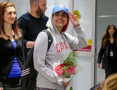 Rahaf Mohammed al-Qunun arrives at Toronto Pearson International Airport in Toronto, Ontario, Canada January 12, 2019.  REUTERS/Carlos Osorio