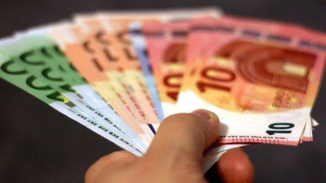 Kerabat Terus-menerus Pinjam Uang, Begini Menyikapinya Menurut Pakar