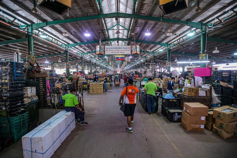 A general view inside the Kuala Lumpur Wholesale Market in Selayang June 24, 2020. ― Picture by Hari Anggara