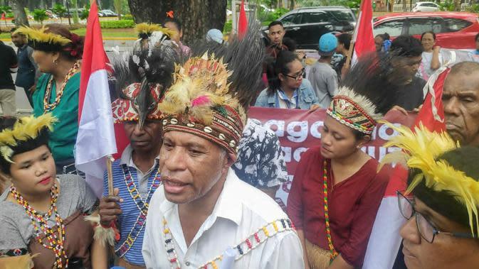 Jelang HUT OPM, Massa yang Mengatasnamakan Rakyat Papua Gelar Aksi di Kemenko Polhukam