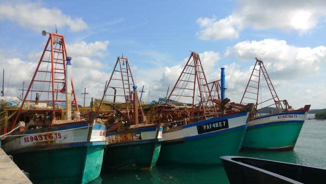 KKP tangkap 5 kapal ikan asing asal Vietnam di Laut Natuna.