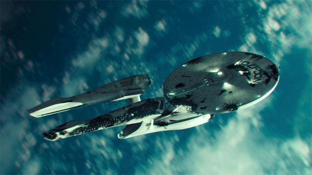 'Star Trek Into Darkness' Super Bowl spot sends the Enterprise plummeting to Earth