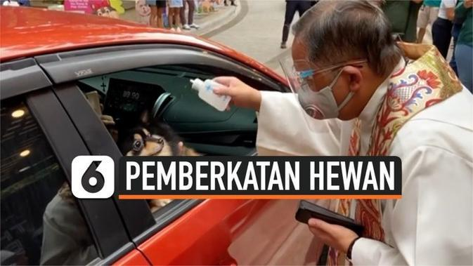VIDEO: Unik! Pemberkatan Hewan Peliharaan Drive Thru di Filipina