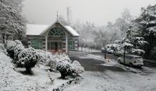 關山分局提醒往向陽山賞雪 請檢視車輛以保安全