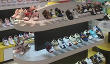 知名童鞋遭爆僅剩1人站櫃 櫃姐投訴貼錢找代班
