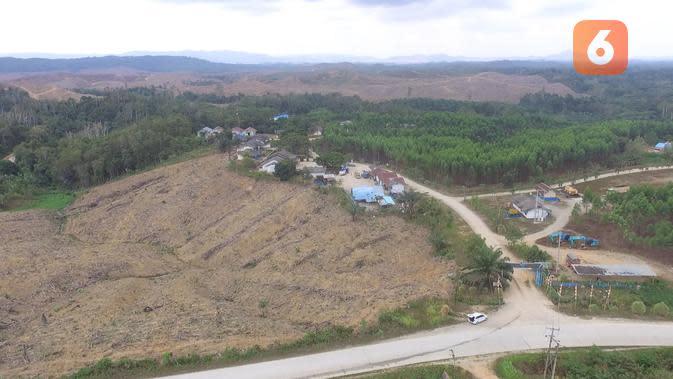 Kawasan calon Ibu Kota baru di Kabupaten Penajam Paser Utara merupakan lahan dengan status Hak Guna Usaha (HGU). Mayoritas dimiliki Hasyim Djoyohadikusumo, adik Prabowo Subianto.