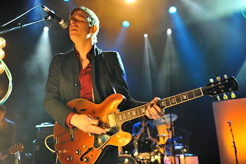 Spoon's Britt Daniel Forms New Band, Divine Fits