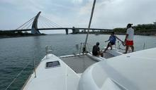 海上戲水超愜意!大鵬灣搭雙體帆船直達小琉球