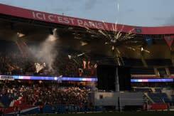 Kisah dua kota: 'Sensasional' bagi fans Bayern, kesedihan dan gas air mata di Paris