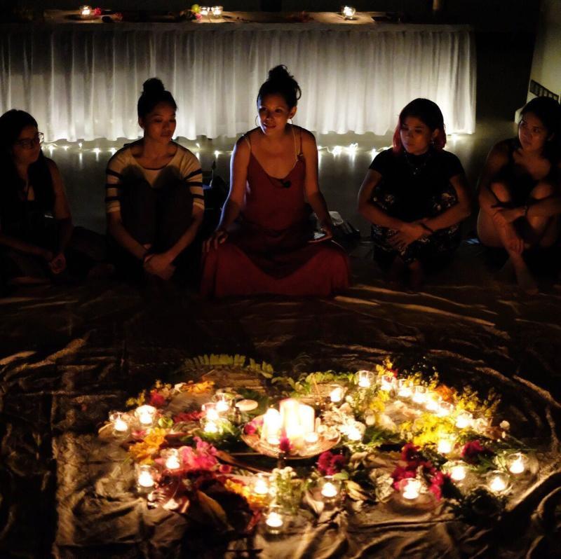 A flower circle workshop. (PHOTO: Supparetreat)