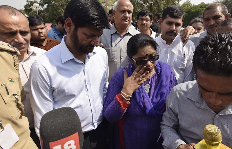 NEW DELHI, INDIA - MAY 5: Addl. CP Chhaya Sharma briefing to media persons after the Supreme Court pronounced verdict on the appeals filed by four death row convicts against death penalty in the 2012 Nirbhaya gangrape and murder case, on May 5, 2017 in New Delhi, India. The parents of the victim said they are sure that the apex court will award death sentence to the guilty. The Supreme Court today rejected the plea by four convicts, challenging their death penalty, in the December 2012 Nirbhaya gangrape and murder case. The apex court has decided the four convicts will be hanged till death. (Photo by Raj K Raj/Hindustan Times via Getty Images)