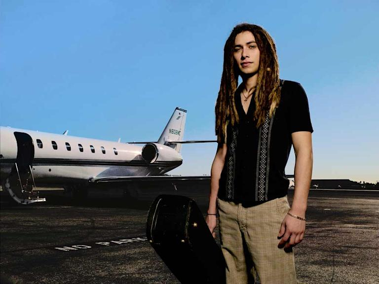 Jason Castro, 20, from Rockwall, TX is one of the top 8 contestants on Season 7 of American Idol.