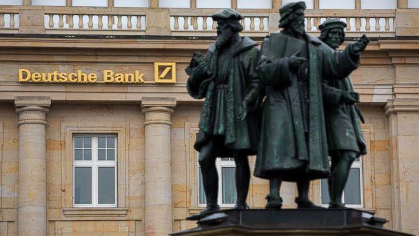 PHOTO: Statues stand outside a Deutsche Bank AG bank branch in Frankfurt, Germany, on Oct. 20, 2016. (Bloomberg via Getty Images)