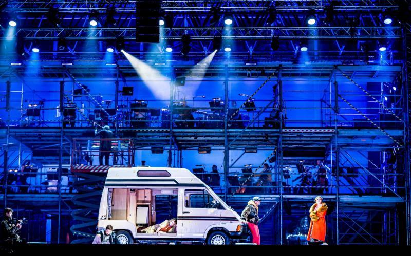 ENO Drive & Live - La bohème at Alexandra Palace - © Lloyd Winters. Courtesy of English National Opera