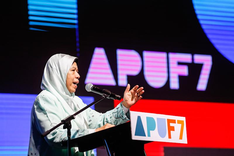 Housing and Local Government Minister Zuraida Kamaruddin delivers her speech during the closing ceremony of the 7th Asia-Pacific Urban Forum in Bayan Lepas October 17, 2019. — Picture by Sayuti Zainudin