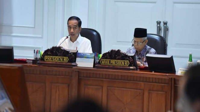 Rapat kerja kabinet Jokowi-Maruf Amin di Istana Negara