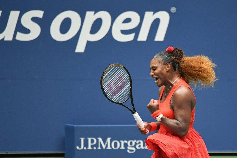 Serena lolos dari ujian Pironkova untuk mencapai semifinal US Open