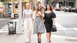 HBO經典影集《慾望城市》續集釋出首張劇照!女主角3缺1華麗造型曝光!