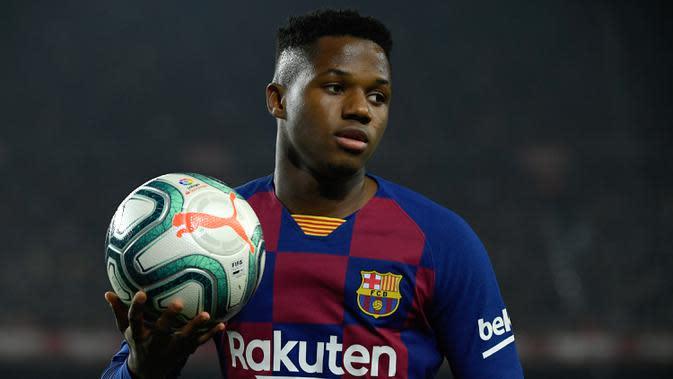 7. Ansu Fati - Pemain berusia 17 tahun ini tampil mengesankan bersama Barcelona di musim ini. Ansu Fati telah mengemas tujuh gol dan satu assist di semua kompetisi yang telah dilakoninya. (AFP/Lluis Gene)