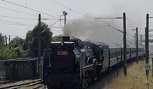 蒸汽火車再現台南鐵道 大批民眾爭睹風采