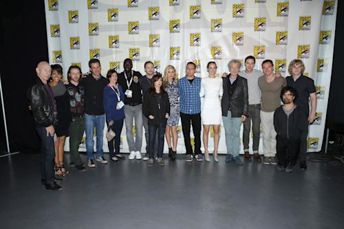 In this photo provided by 20th Century FOX, the cast of 'X-Men: Days of Future Past' poses at the 20th Century Fox Presentation at 2013 Comic-Con, on Saturday, July, 20, 2013 in San Diego (AP Photo/20th Century Fox, Eric Charbonneau)