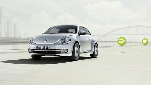 Volkswagen iBeetle bids for world's largest iPhone accessory