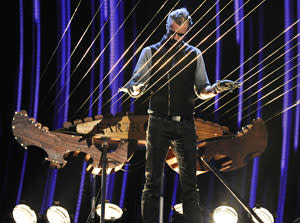 A human field goal and a giant harpist: 'America's Got Talent' gets even more circus-esque