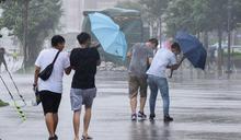 北、東防短暫雨!今晚迎「共伴效應」 吳德榮揭週末天氣