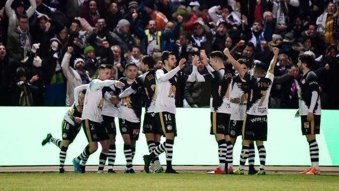 Unionistas of Salamanca saat menjamu Real Madrid di Stadion Pistas del Helmantico pada babak 32 besar Copa del Rey 2019/2020, Kamis dini hari WIB (23/1/2020) (AFP)