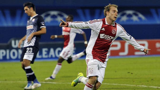 7. Christian Eriksen - Ajax Amsterdam menjadi klub pertama yang dibela oleh playmaker asal Denmark ini setelah bergabung pada 2010. Gelandang yang memiliki umpan akurat ini tiga musim bermain di Liga Belanda sebelum pindah ke Tottenham. (AFP/Hrvoje Polan)