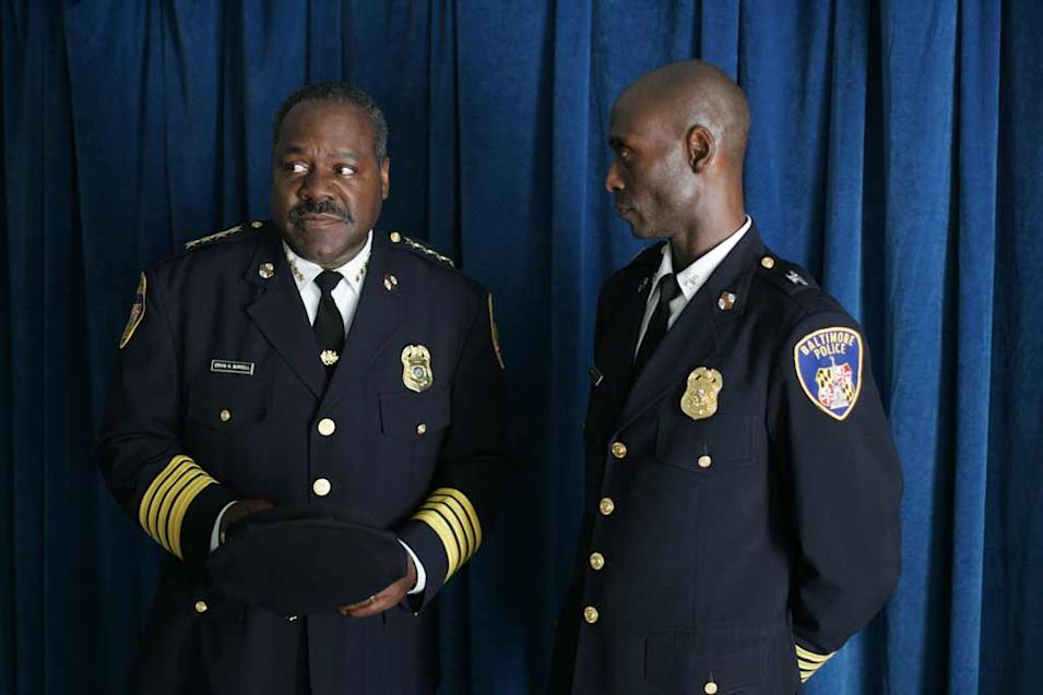Frankie R. Faison and Lance Reddick in The Wire.