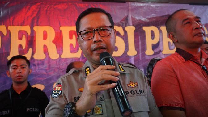 Kepala Bidang Humas Polda Jawa Barat Komisaris Besar Saptono Erlangga. (Liputan6.com/Huyogo Simbolon)