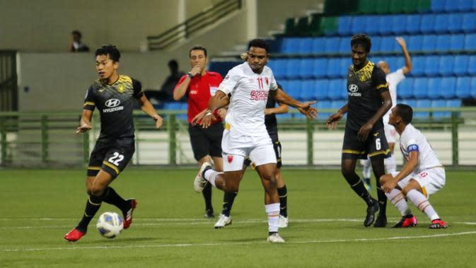 PSM saat meladeni Tampines Rovers di Stadion Jalan Besar, Singapura, dalam laga pertama Grup H Piala AFC 2020 (12/2/2020). (Bola.com/Abdi Satria)