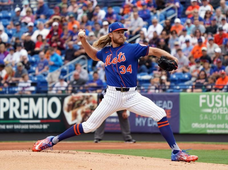 Report: Syndergaard has successful Tommy John surgery