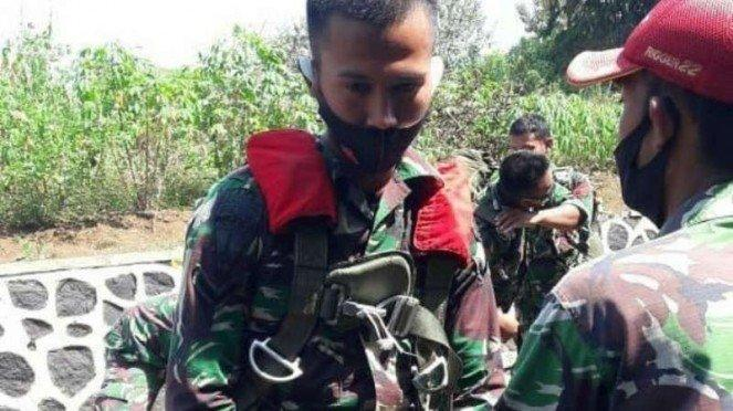 VIVA Militer: Serda Ramag bertemu ayahnya Pelda Wakib.