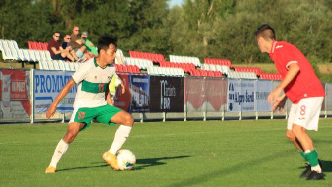 Gelandang Timnas Indonesia U-19, Witan Sulaeman ketika melawan Bulgaria U-19. (PSSI).