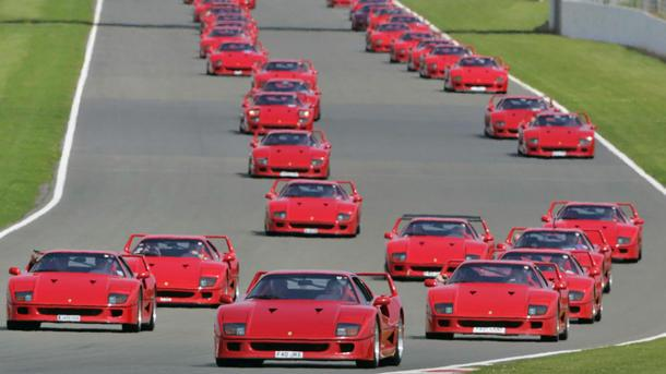 World's largest parade of Ferrari F40s marks its 25th anniversary: Motoramic Dash