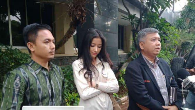Pramugari Garuda Siwi Widi Cabut Laporannya atas Akun @digeeembok