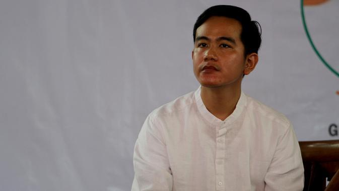 Putra sulung Presiden Jokowi, Gibran Rakabuming Raka saat menjadi pembicara di Pondok Pesantren Al Muayad Solo.(Liputan6.com/Fajar Abrori)
