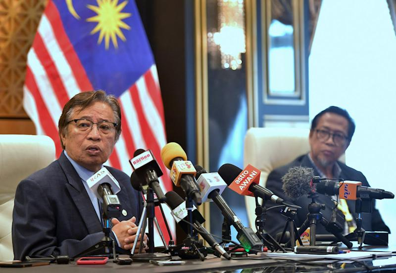 Sarawak Chief Minister Datuk Patinggi Abang Johari Openg said the state government will review its RM1.55 billion special aid package in the light of the extension of the movement control order by another two weeks. — Bernama pic