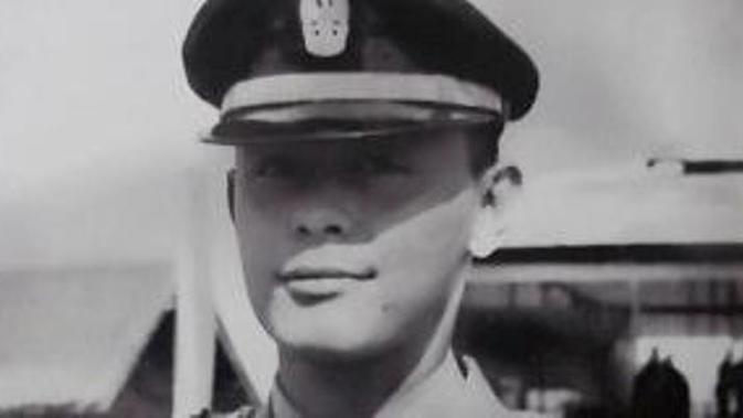 Salah satu Pahlawan Revolusi korban G30S/PKI ternyata tampan banget dan bisa bikin hatimu meleleh. Dialah Kapten Anumerta Pierre Tendean