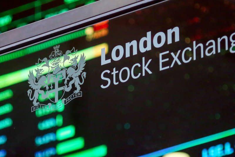 Saham Inggris naik tajam dengan indeks FTSE melambung 2,39 persen