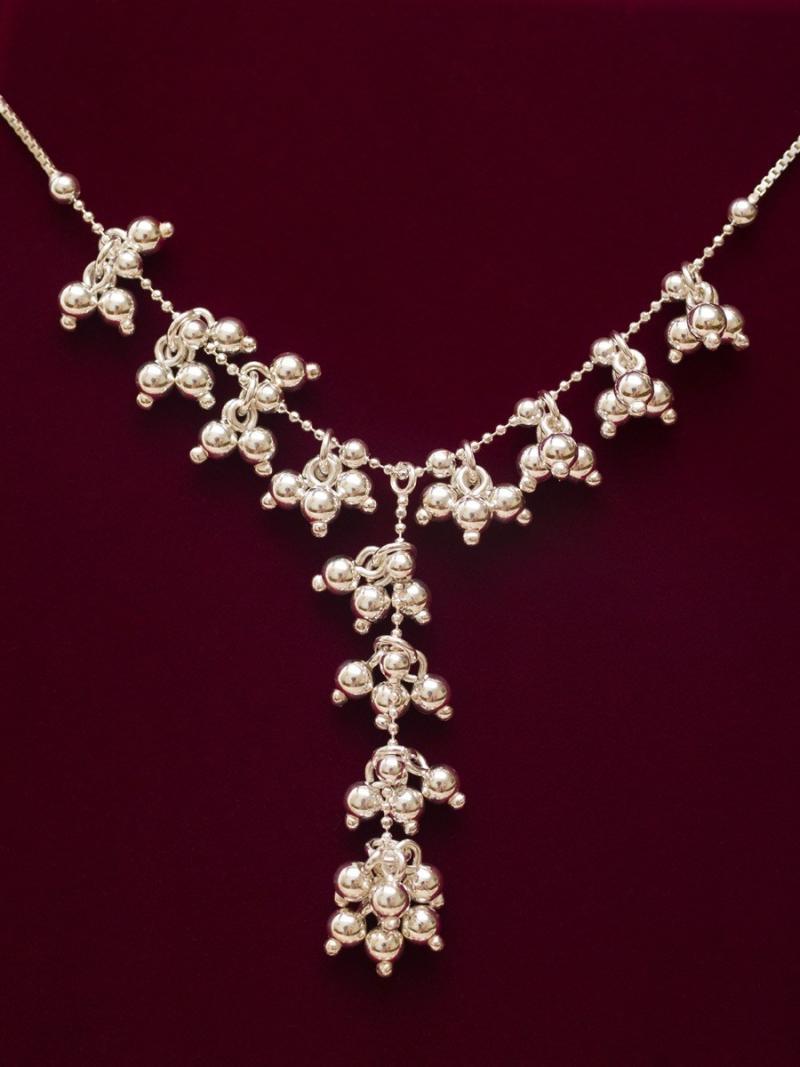 Y necklace