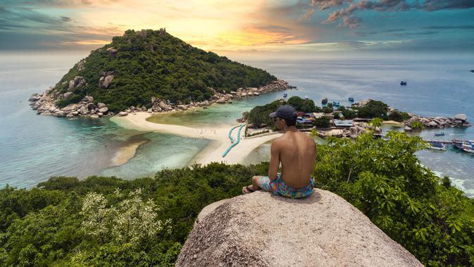 Pulau Koh Phangan, Thailand (unsplash.com/Darren Lawrence)