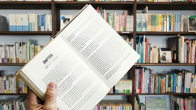 Ilustrasi toko buku. (dok. mohamed_hassan/Pixabay/Tri Ayu Lutfiani)