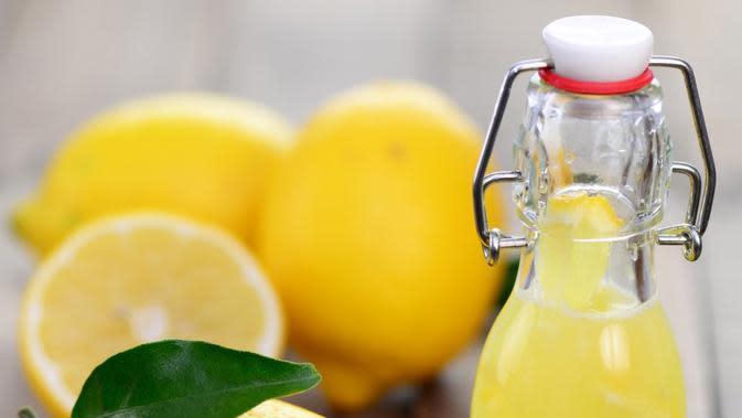 Melenyapkan Batuk dengan Jus Lemon. (Foto: theluxuryspot.com)