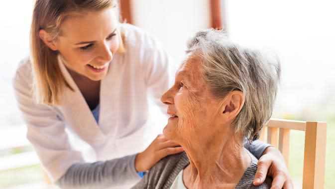 semakin tua seseorang semakin sulit pula mereka lepas dari obat. (Ilustrasi Lansia/iStockphoto)