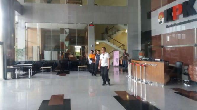 69 Pegawai KPK Positif Corona, Satu Penyidik Wafat karena Sakit